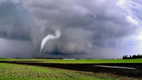 curved_tornado