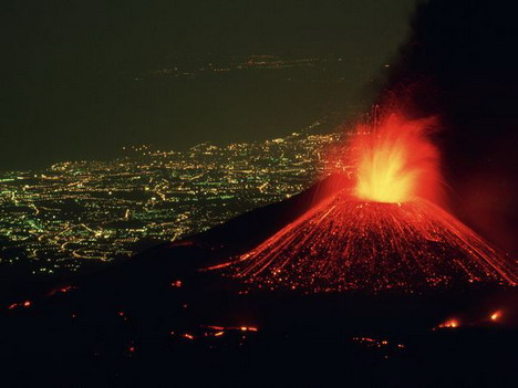mount_etna_in_italy