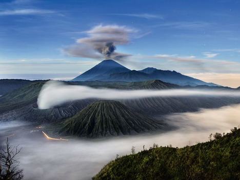 three_volcanoes_mount_semeru_mount_bromo_and_mount_batok_in_indonesia