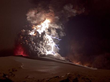 volcanic_lightning