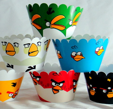 angry_birds_birthday_party_cupcake_wrappers