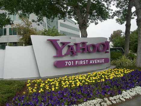 24_yahoo_office_photo