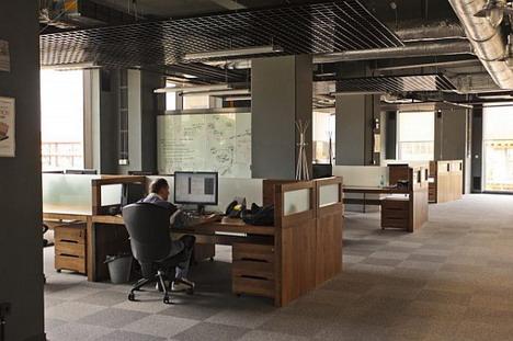 48_amazon_office_photo