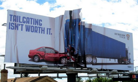 colorado_state_patrol_billboard_collision