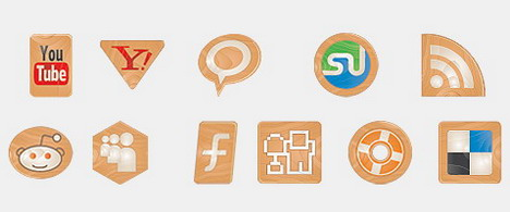 social_icons_made_of_wood