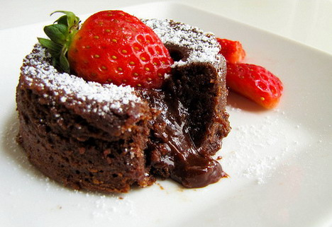 strawberry_chocolate_dessert