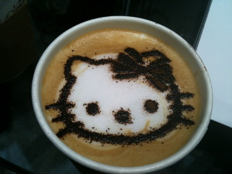 hello_kitty_latte_art_50_beautiful_and_delicious_latte_art