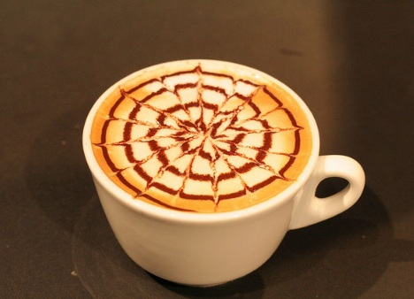 nederlands_kampioenschap_latte_art_2005_50_beautiful_and_delicious_latte_art