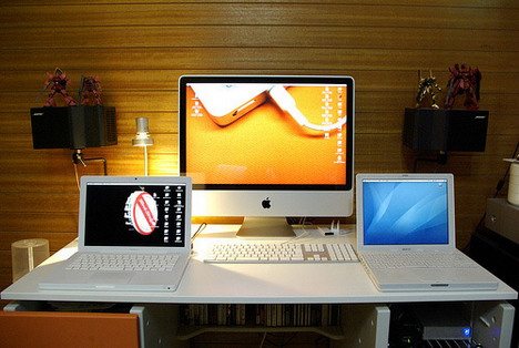 imac_and_ibook_macbook_best_computer_workstation_setups