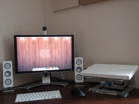 macbook_desk_setup_best_computer_workstation_setups