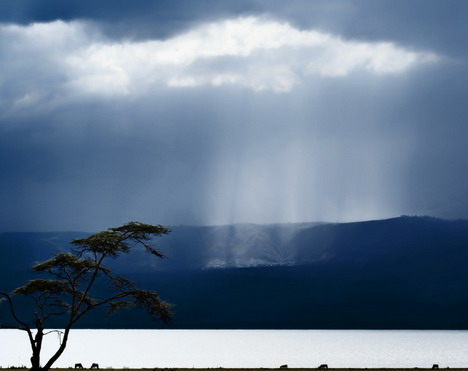 clouds_over_lake_naivasha_by_piet_flour_beautiful_nature_landscapes_photographs