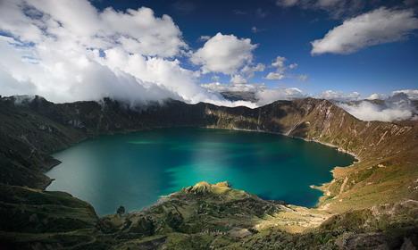 crater_lake_beautiful_nature_landscapes_photographs