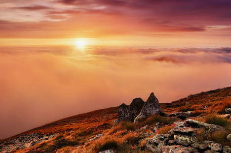 dawn_in_the_mountains_beautiful_nature_landscapes_photographs