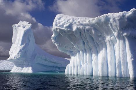 ice_castles_beautiful_nature_landscapes_photographs
