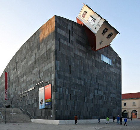 erwin_wurm_house_attack_beautiful_architecture_photography