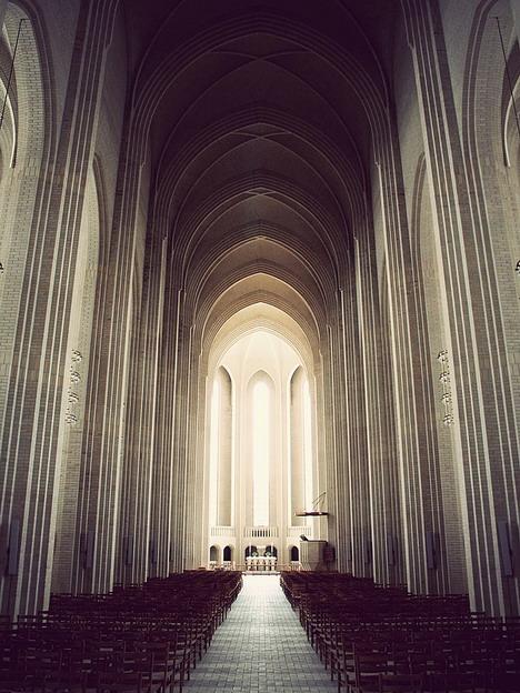 grundtvigs_church_beautiful_architecture_photography