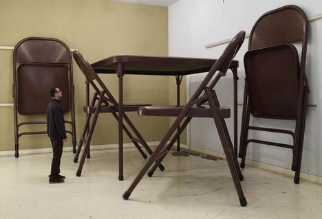 folding_table_chair
