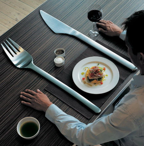 oversized_tableware