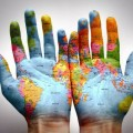 whole_worldmap_on_the_hands