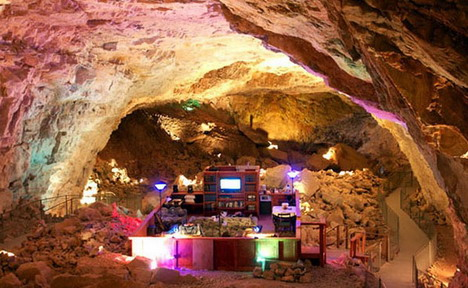the_grand_canyon_caverns_02