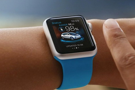 apple-watch-controls-car