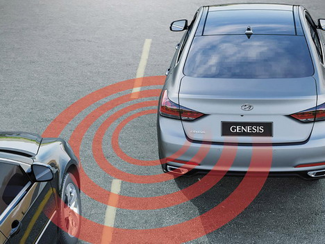 hyundai-genesis-safety-driver-assist