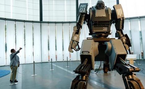 diesel-powered-mech-robot