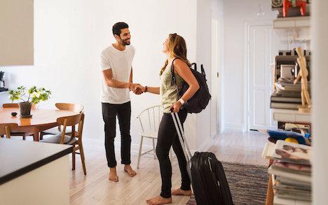 airbnb-examine-tenant-profile