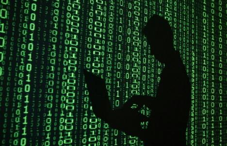 julian-assange-expert-hacking