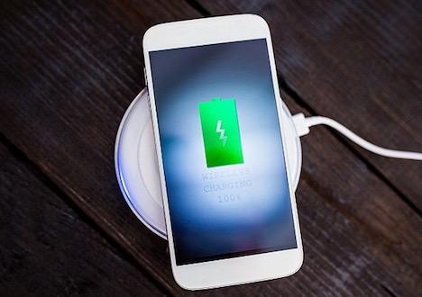wireless-charging-smartphone