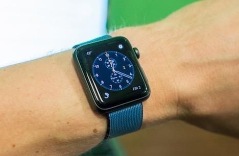 smartwatch-spy-on-you